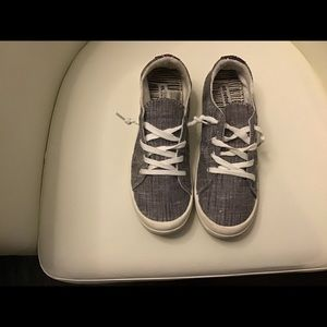 Size 9 sneakers